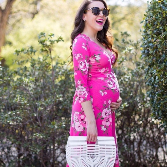 Pink Lily Dresses & Skirts - Pink Lily floral maxi dress